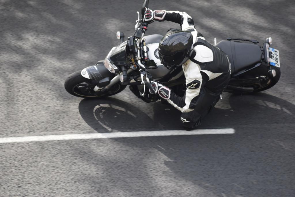 Photos de toutes les Yamaha MT-09 du forum ! :) - Page 25 Dsc_2415