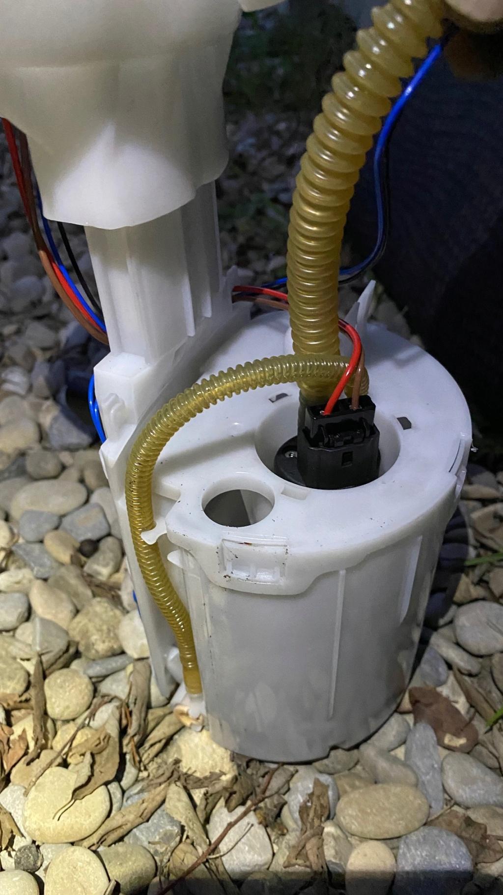 [ MINI Cooper R50 1.6 Ess an 2002 ] problème moteur suite éthanol Pompe_13
