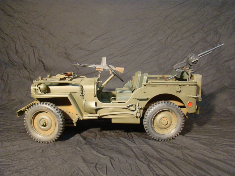 JEEP DRAGON au 1/6  version Jeep Armée du 5 RC en Indochine - Page 3 Jeep_a11