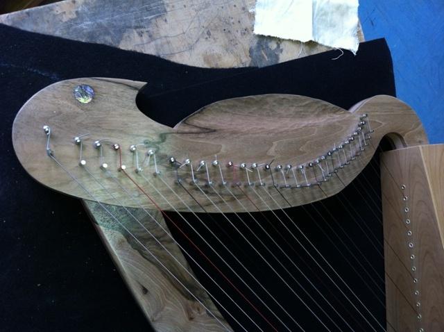 Ma première harpe celtique Img_3313