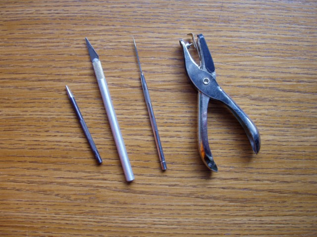 travailler le cuir (MAJ) P2050011