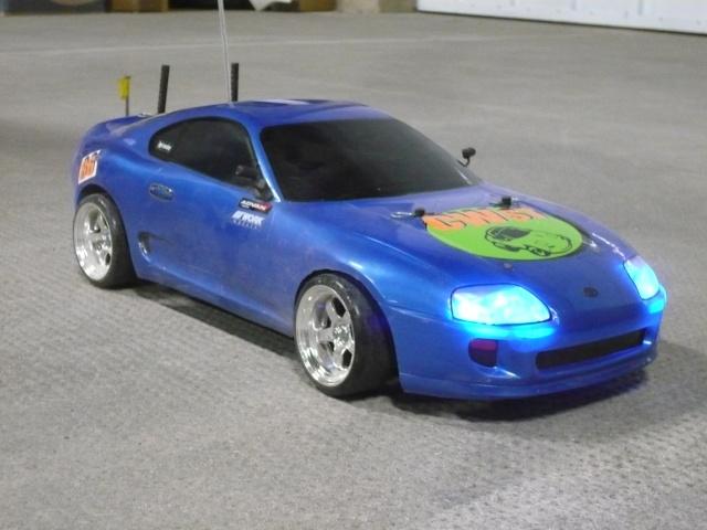 [Tamiya] TT01 Supra bleue style P1010910