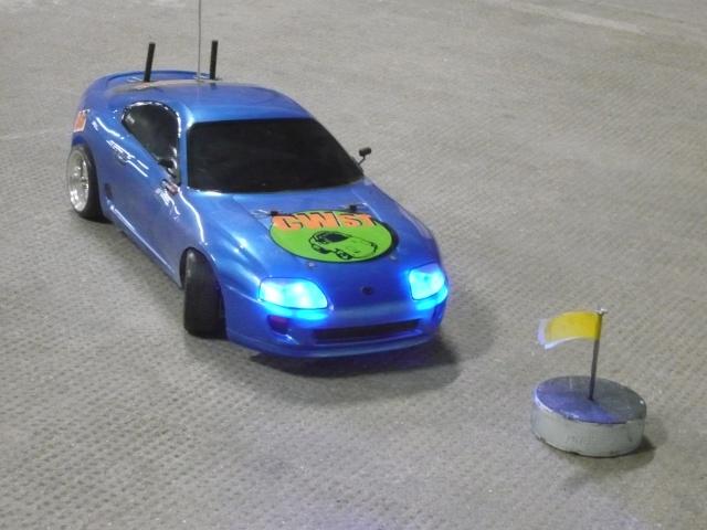 [Tamiya] TT01 Supra bleue style P1010911