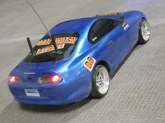 [Tamiya] TT01 Supra bleue style P1010912