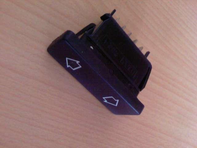 [TUTO] Changement ampoule bouton vitre electrique phase 1 Photos12