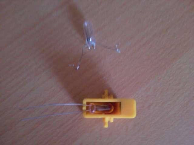 [TUTO] Changement ampoule bouton vitre electrique phase 1 Photos17