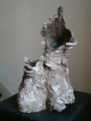 sculpture en terre et métal Amazon12