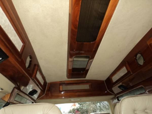 Motor Home - Camper et C/V modifiés 63395914