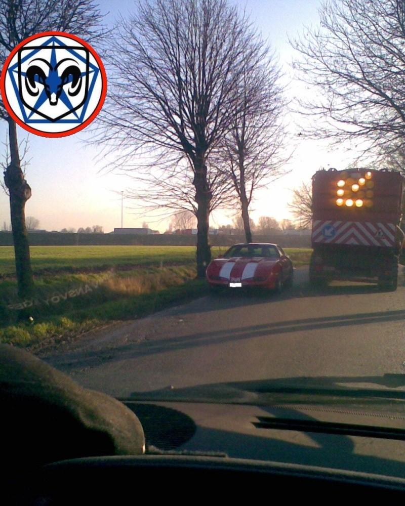 Croisement de véhicules US Photo081