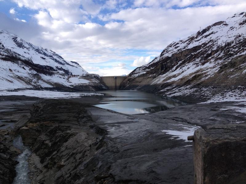 [Tignes] Vidange du barrage - Page 2 Img_0918
