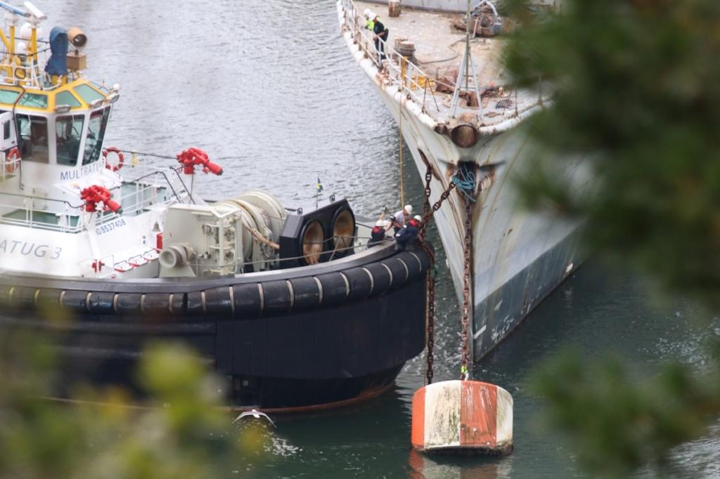 [Autre sujet Marine Nationale] Démantèlement, déconstruction des navires - TOME 2 - Page 6 Img_9220