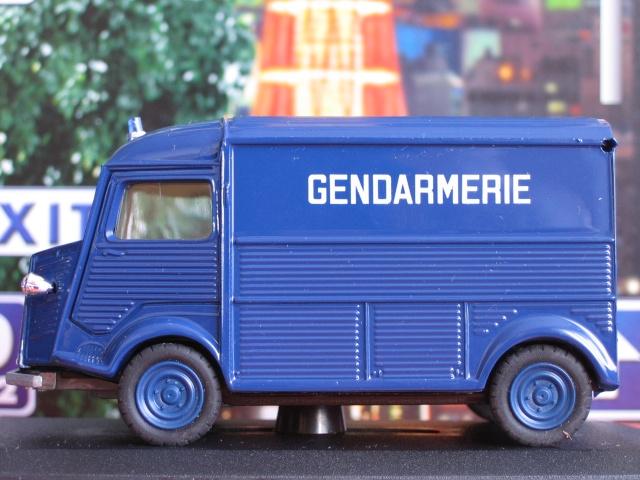 Miniatures Citroën et la Gendarmerie Elig-128