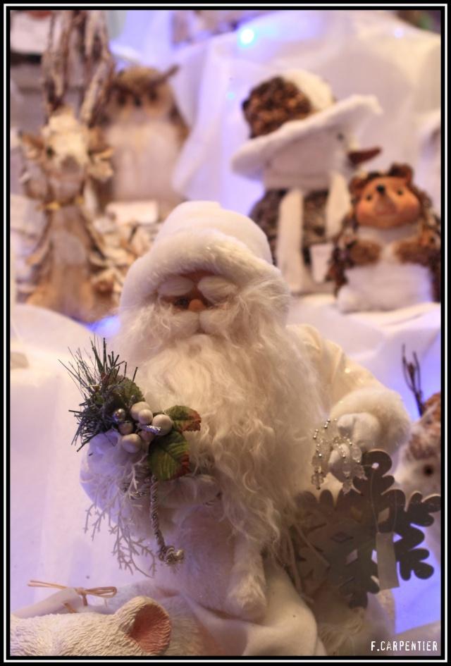 L'hiver, les fêtes, etc... - Page 2 Pere-n12