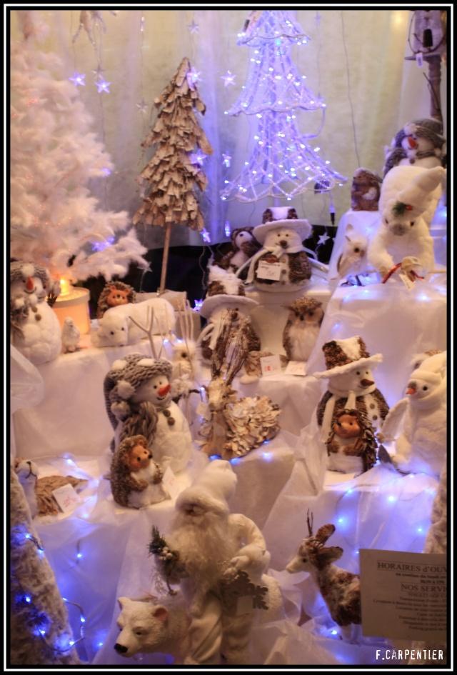 L'hiver, les fêtes, etc... - Page 2 Vitrin10