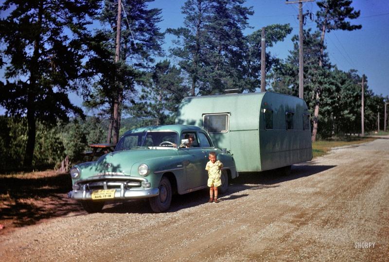 Auto + Caravane Shorpy12