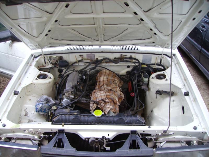 Datsun y910 z20e (2.0i GLE) Imgp4311