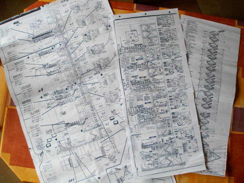 Saturn5 au 1/48 en papier Plansl10