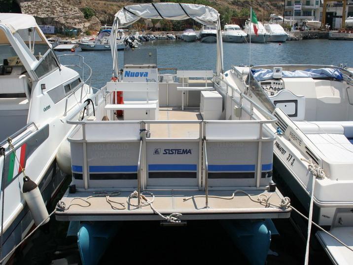 Barche e consumi Catama10