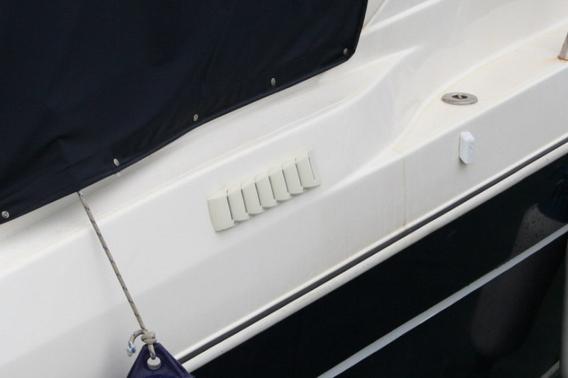 Prese d'aria per il motore vie di accesso all'acqua Img_6816