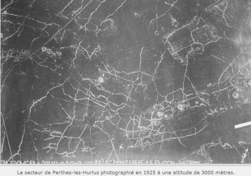 """Vestiges de la """"guerre des mines"""" (Première Guerre Mondiale) visibles dans Google Earth - Page 2 Captur40"""