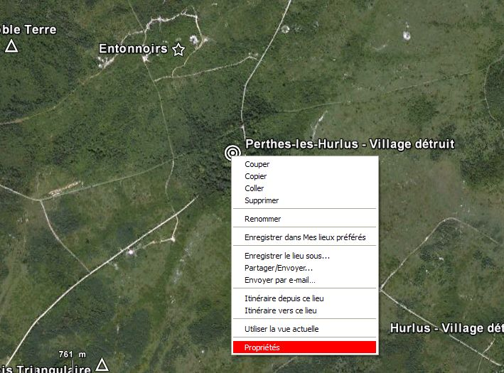 """Vestiges de la """"guerre des mines"""" (Première Guerre Mondiale) visibles dans Google Earth - Page 3 Captur43"""