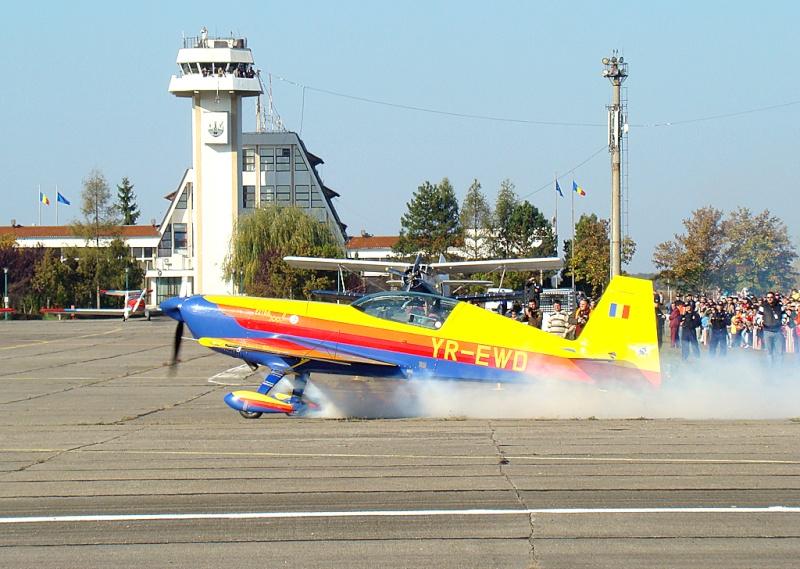 Miting aviatic Satu-Mare - 19 octombrie 2008 Dsc07218