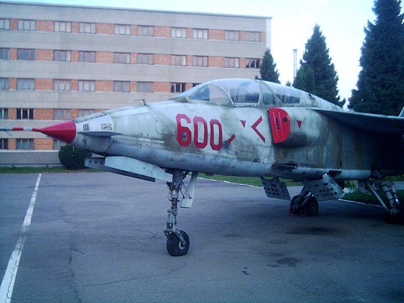 Aeronave militare - Pagina 5 Dsci0210
