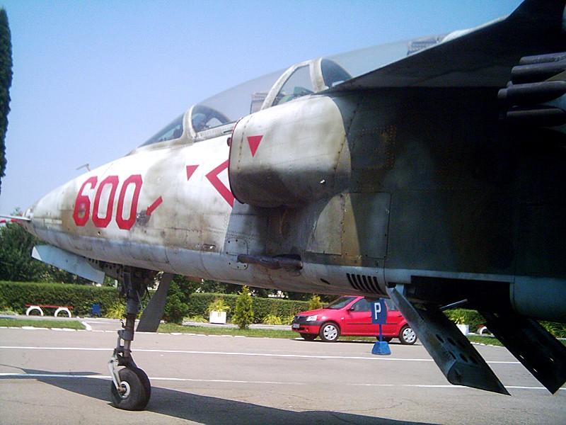 Aeronave militare - Pagina 5 Dsci0212