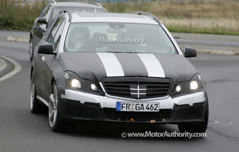 [Mercedes] E63 AMG 2010_m10