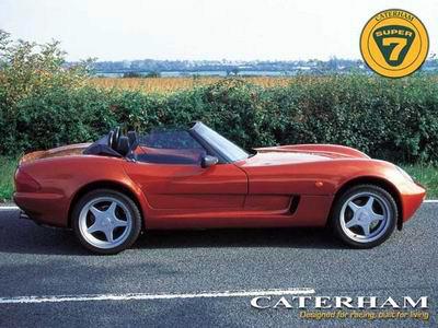 [Concours] Dessinez la Catherham version 2009 ! C21-0010