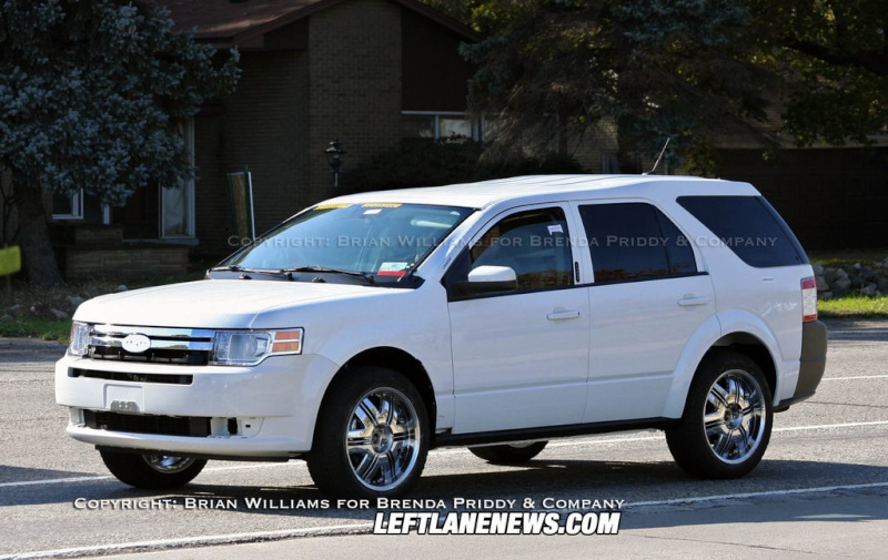 2010 - [Ford] Explorer Phpth101