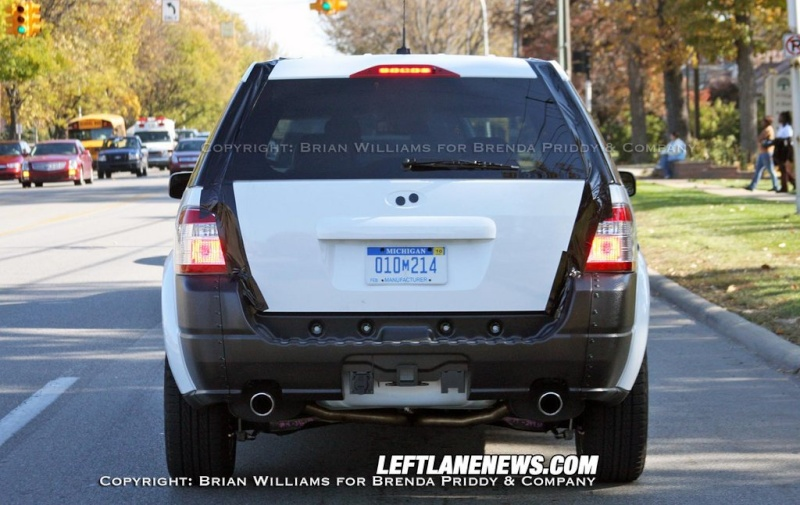 2010 - [Ford] Explorer Phpth102