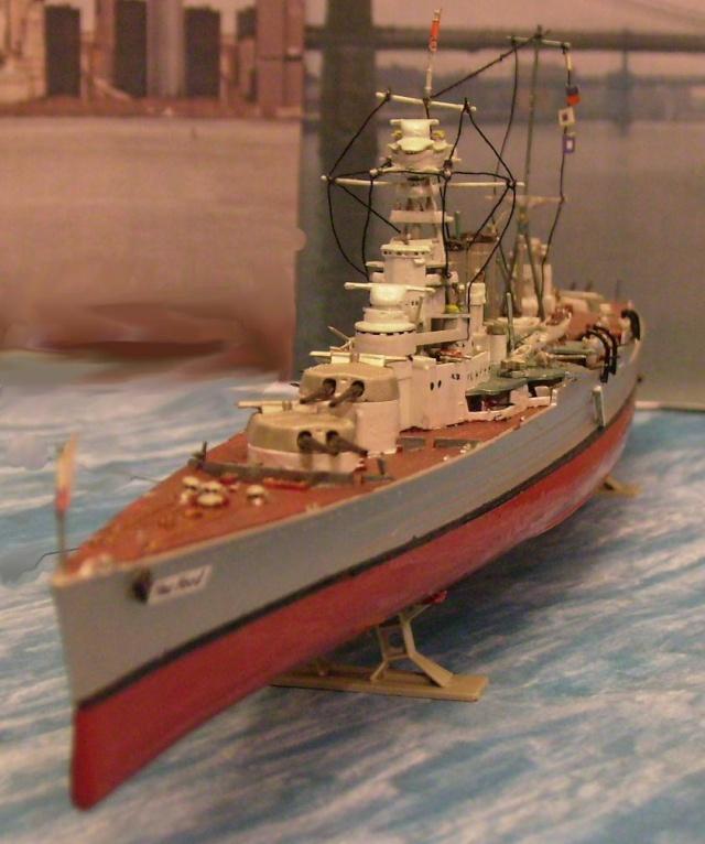 HMS Hood auf Besuch. Hood-210