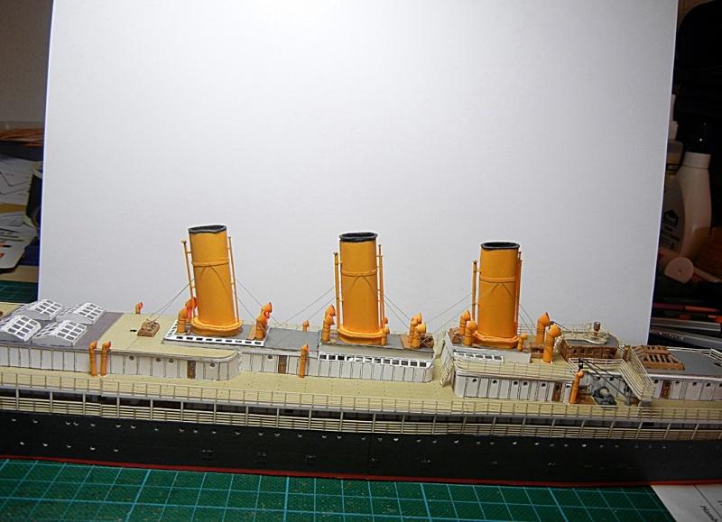 Schnelldampfer Augusta Victoria 1:250 HMV-Verlag - Seite 4 Augus101