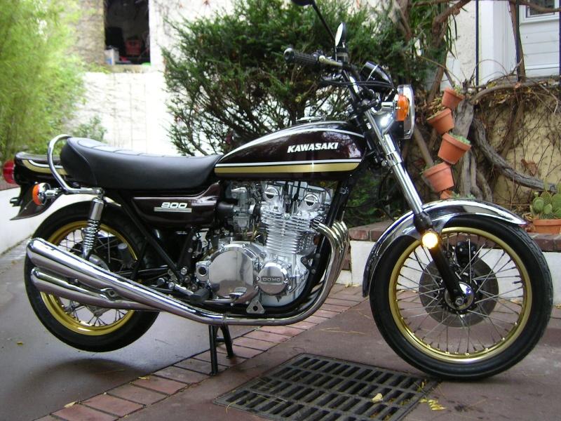 Kawa 900 brun et or (présentée au Salon Moto Légende) 900_z111