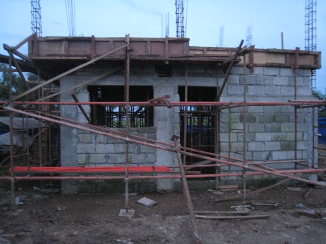 Two Storey Residential House (Metrogate, Trece Martirez City) - On-going Img_4511