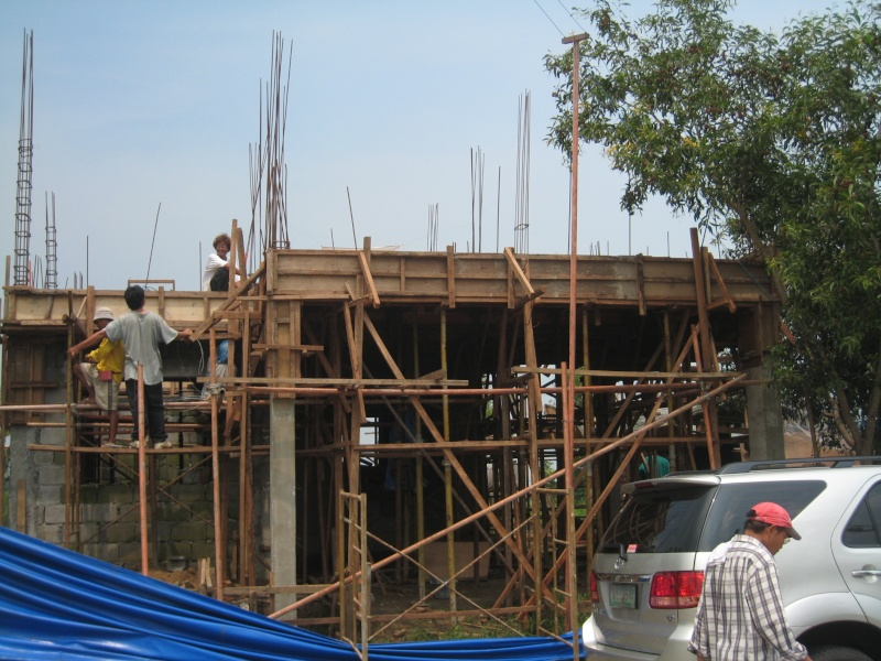 Two Storey Residential House (Metrogate, Trece Martirez City) - On-going Img_4514