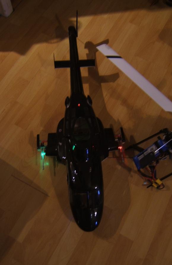 Kit feux de position hélico/avion Turnigy Dscf3711