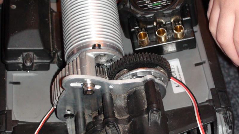 ERBE config bash solide 6S 2200KV mamba de truggy.P - Page 8 Dsc00537