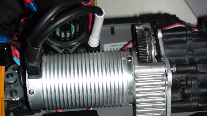 ERBE config bash solide 6S 2200KV mamba de truggy.P - Page 8 Dsc00541