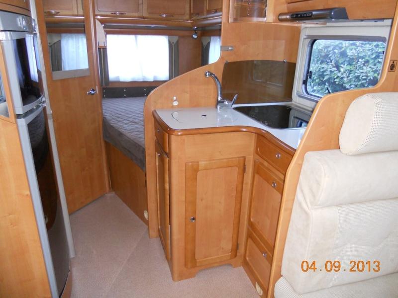 RAPIDO 9086 DF Intégral à vendre 2008 32000KM VENDU! Dscn0810