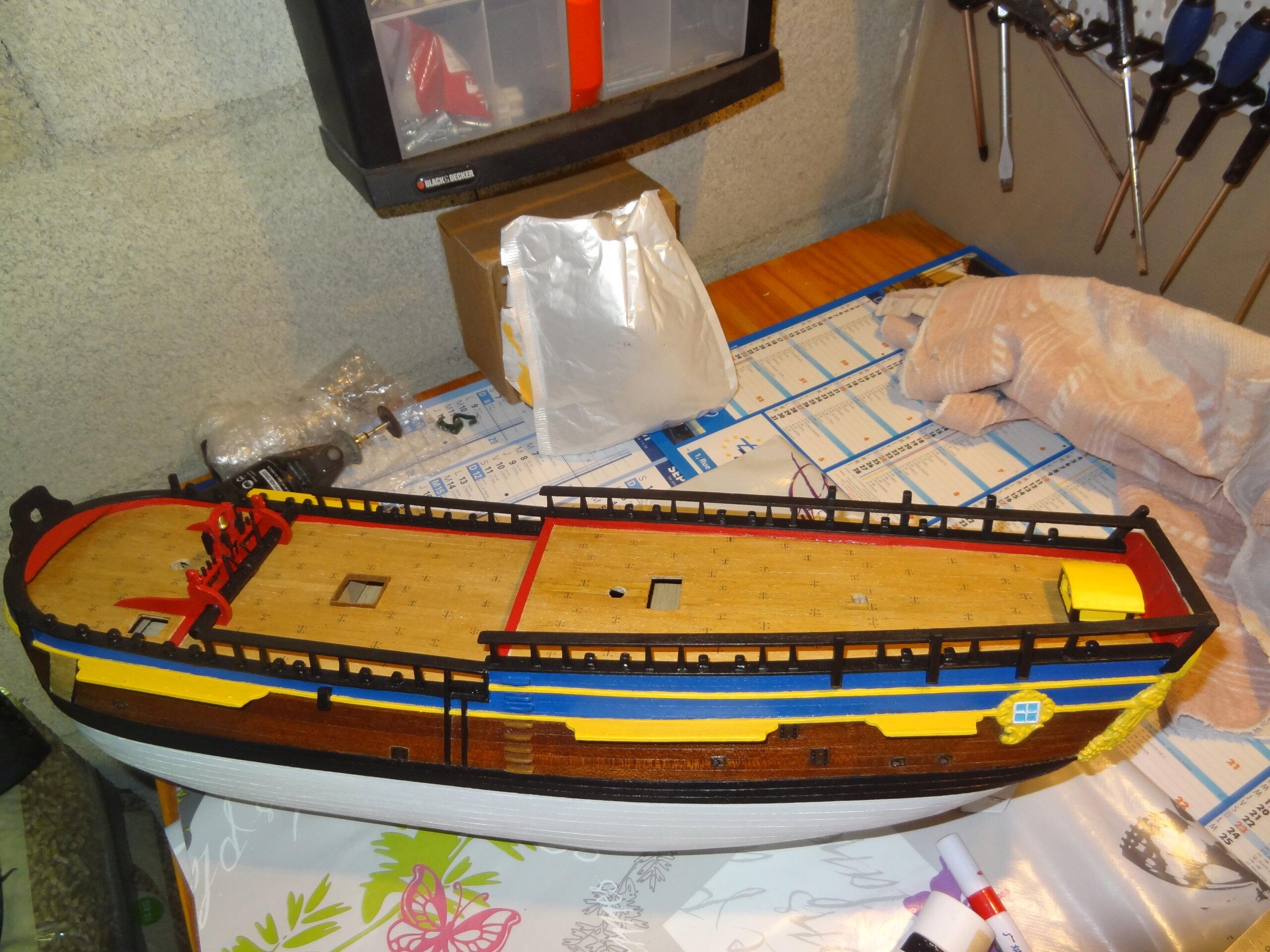 HMS Endeavour (Artesania Latina 1/60°) par yoann71 Dsc01526