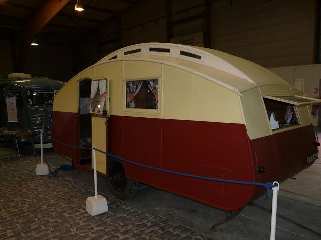 Retro salon RENNES P1220415