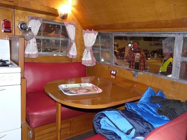 Retro salon RENNES P1220419