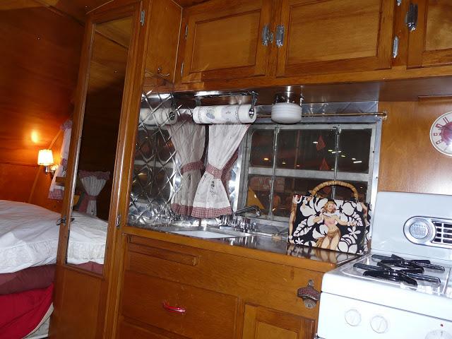 Retro salon RENNES P1220420