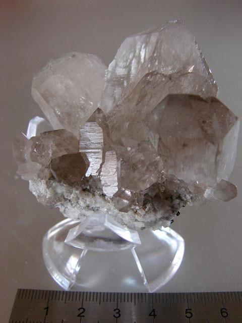 Quartz & minéraux du massif du Mont Blanc secteur Argentière 04410