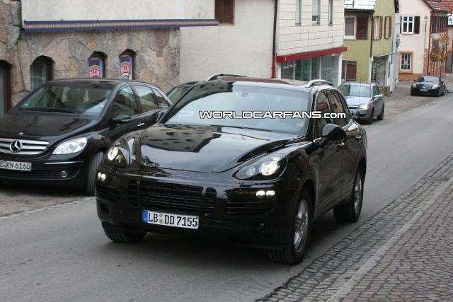 New 2011 Porsche Cayenne latest close-up spy photos 2011-p22