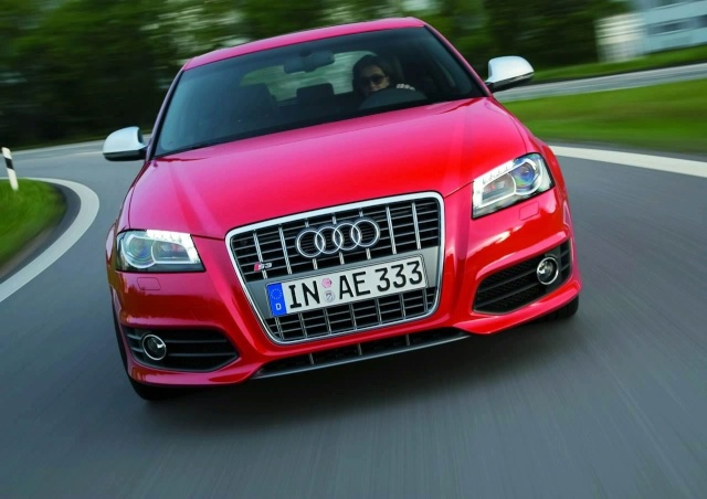 Audi S3 and S3 Sportback get S-tronic in Germany 30805210