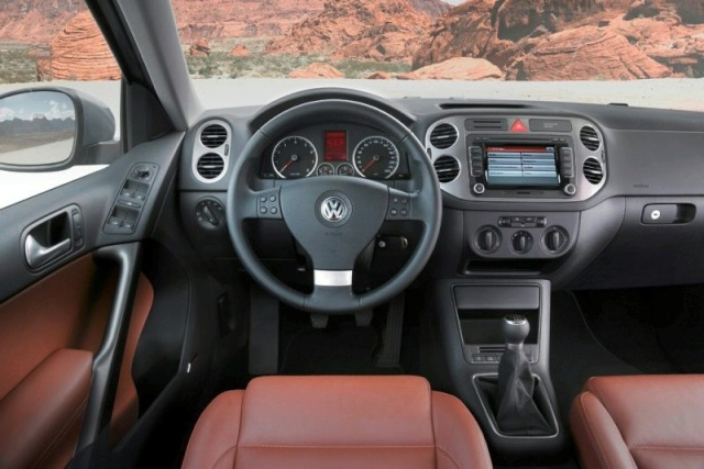 VW Tiguan Gets Front Wheel Drive Option (DE) 90709110