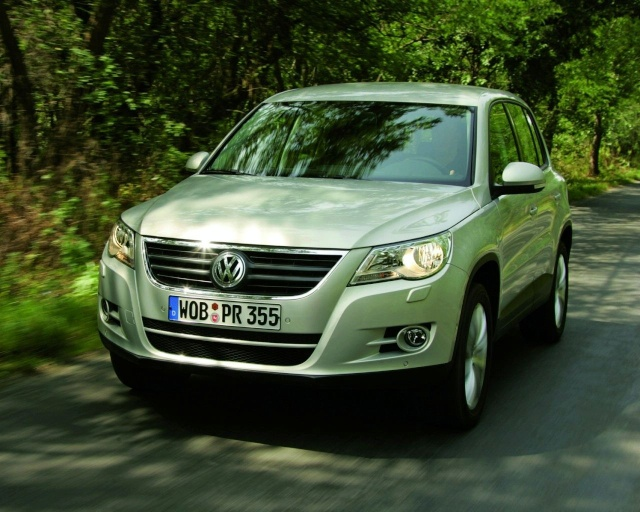 VW Tiguan Gets Front Wheel Drive Option (DE) 90709215